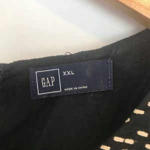 GAP Dresses - EUC Gap XXL Text Shift Dress in true black